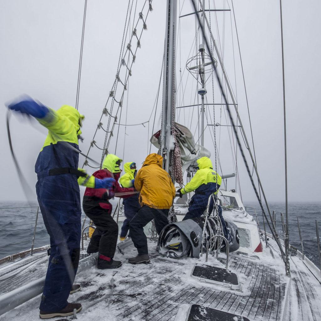 SIM Expeditions Sailing